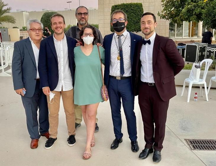 Con los compañeros Manuel Pascual, Félix Arias, José Juan López Espín, Paco Martínez y Susi Ñiñoles que gran noticia tenerte otra vez por la UMH.